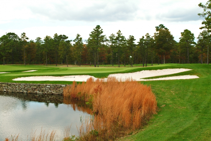 The Dramatic and Beautiful Hole 3