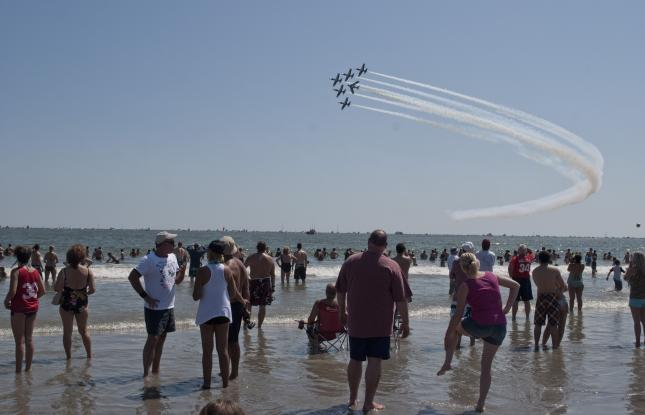 Thunder Over the Boardwalk-The Atlantic City Air-show | VisitNJ org