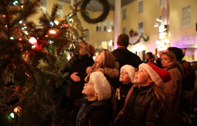 Celebrate The Holidays Amidst Victorian Splendor In Cape May Visitnj Org