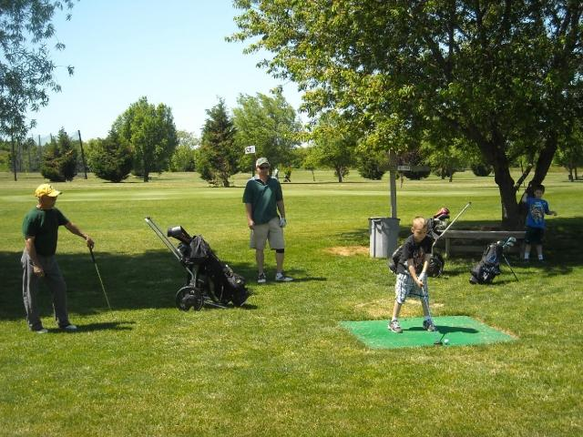 Cape May Par 3 18 Hole Public Golf Course offers a day of Family Fun!