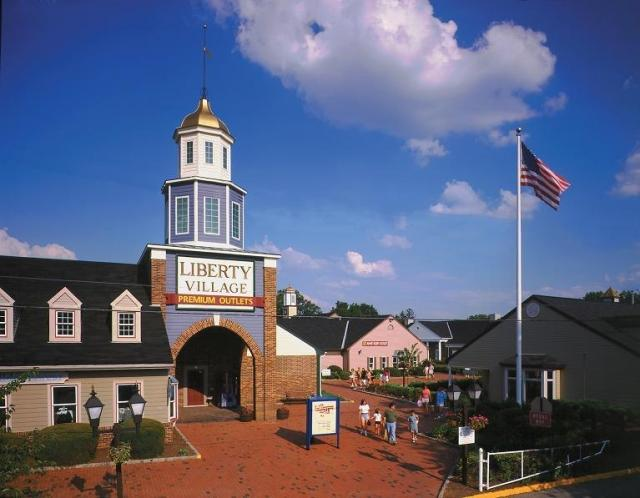 Outlets In Nj >> Liberty Village Premium Outlets Visitnj Org