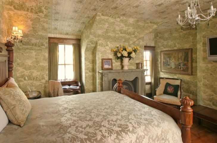 Victoria-Albert, our largest guest room